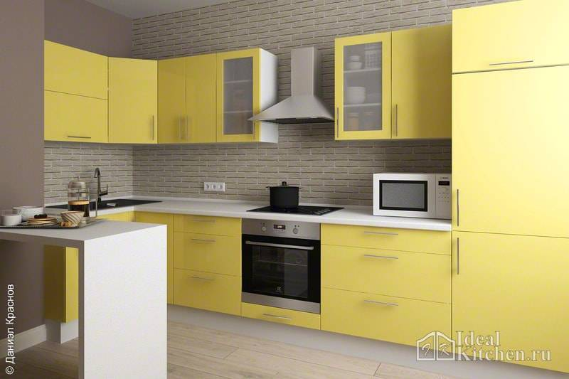 Желтая кухня: в сочетании с зелеными, серыми,коричневыми стенами, желто-белый кухонный гарнитур в интерьере