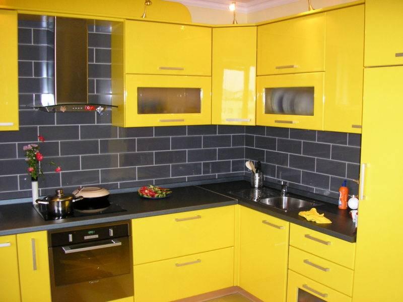 Дизайн кухни желтого цвета: 50+реальных фото интерьеров