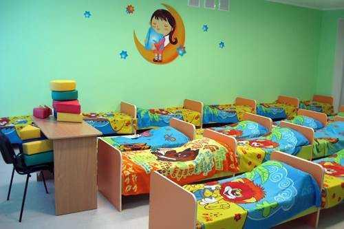 Оформление детского стола: от стиля оформления до мебели - 22 фото
