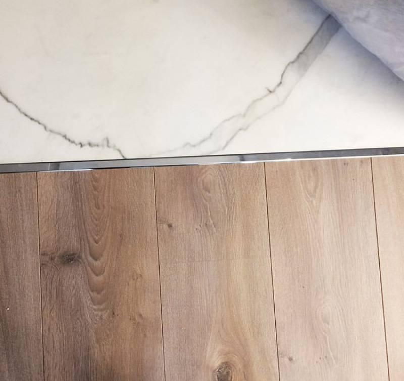 Сочетание плитки и ламината в прихожей (63 фото): комбинированный дизайн пола с плиткой в коридоре, отзывы