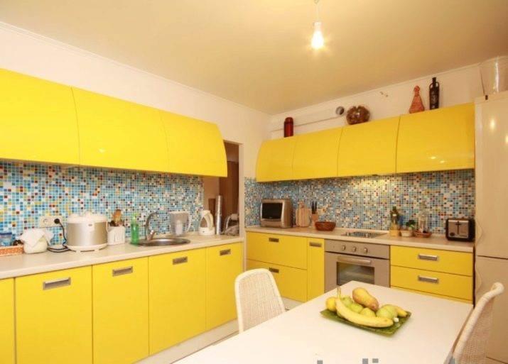 Желто-зеленая кухня: фото реальных интерьеров