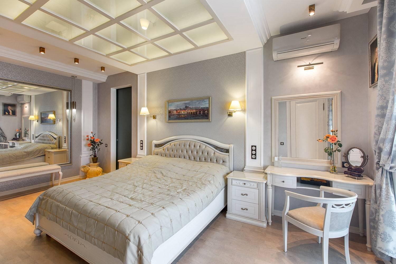 Светлые обои в спальню - 100 фото лучших идей сочетания в спальне