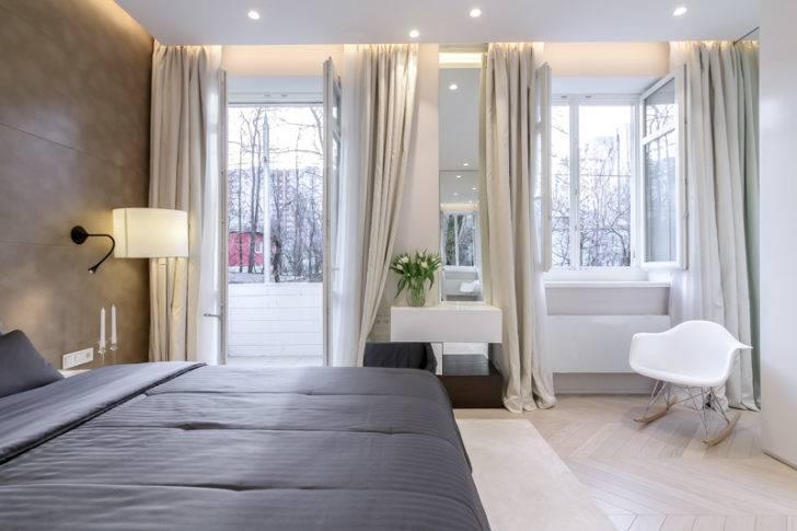 Дизайн спальни – идеи для комнаты с двумя окнами