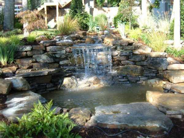 Декоративные фонтаны и водопады - 100 фото готовых проектов для частного дома