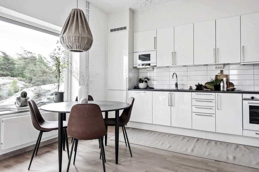 Обеденный стол для кухни раздвижной, причины выбора