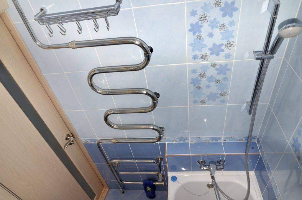 Какой полотенцесушитель лучше: электрический или водяной, что выбрать для ванной комнаты