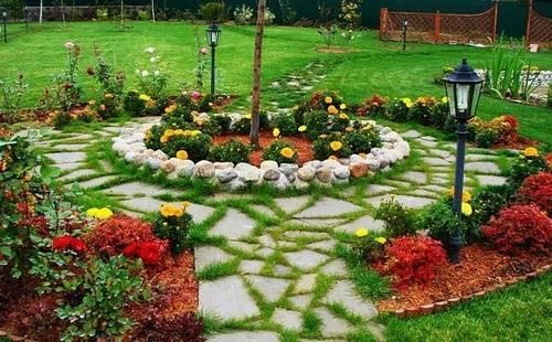 Поделки для огорода: 120 фото оригинальных идей украшения придомового участка, сада и огорода