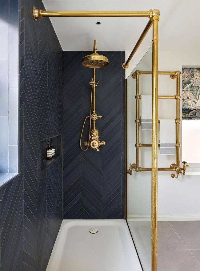 Как правильно выбрать полотенцесушитель в ванной?