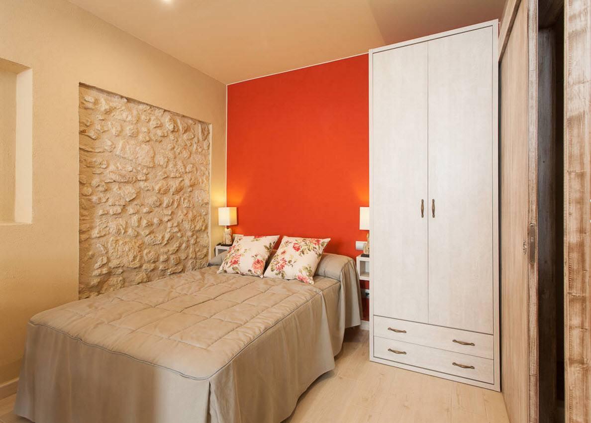 Дизайн маленькой спальни 9 кв. м. (87 фото): реальный дизайн интерьера комнаты 9 метров с балконом, как обставить и сделать ремонт