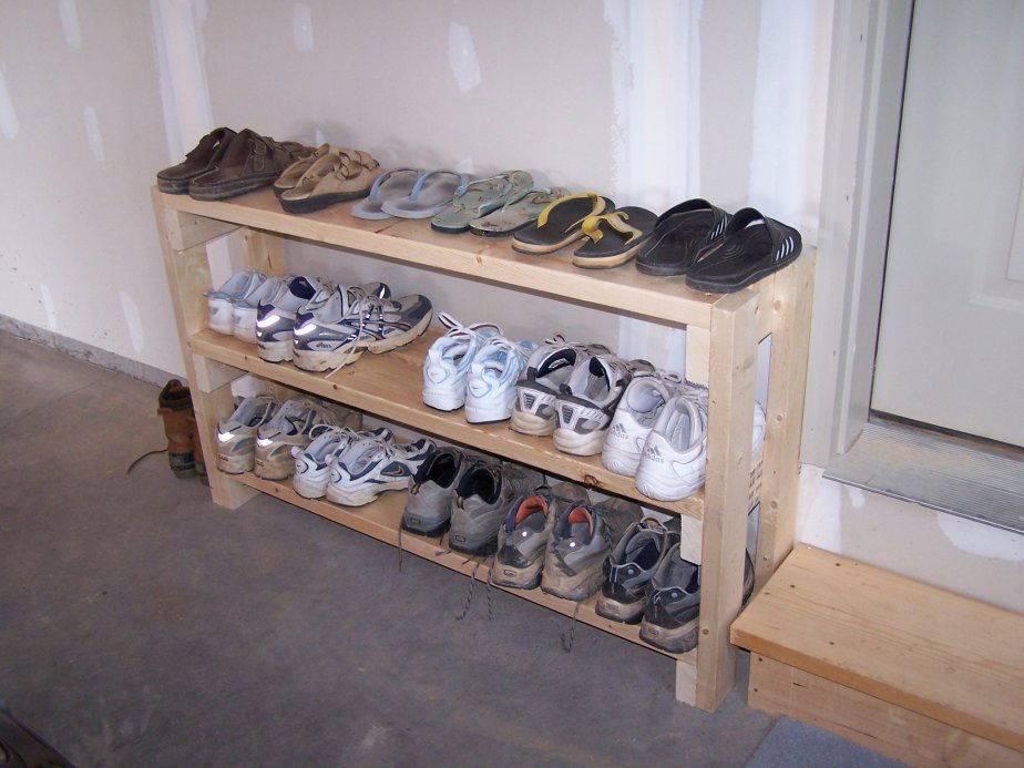 Полка для обуви в прихожую своими руками - 25 фото с идеями