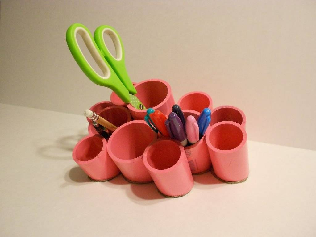 Поделки из пвх труб: самоделки из полипропиленовых труб своими руками, дачные поделки из пластиковых канализационных труб, вешалка, качели из пропиленовых труб, что можно сделать