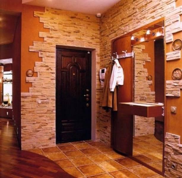 Отделка прихожей декоративным камнем и обоями фото (44 фото): дизайн коридора с искусственным камнем