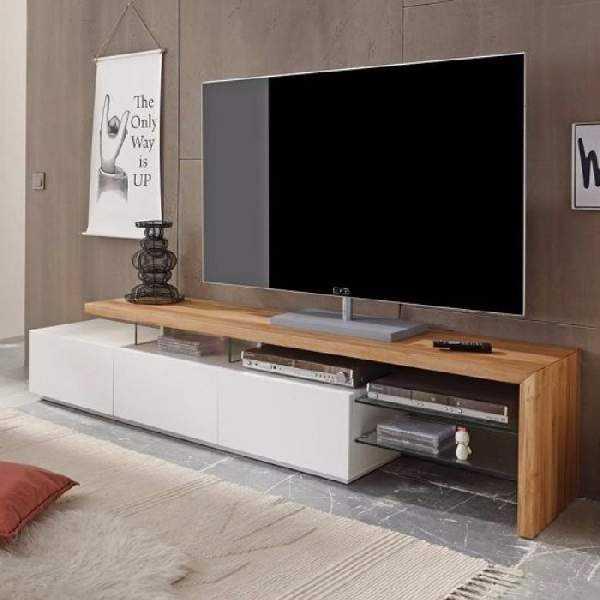 Комоды в гостиную: угловой и длинный, фото больших белых, для посуды со стеклом, интерьер со стенкой, мебель