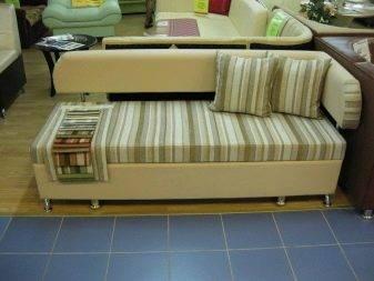 Дизайн кухни с диваном: спальное место для малогабаритных квартир