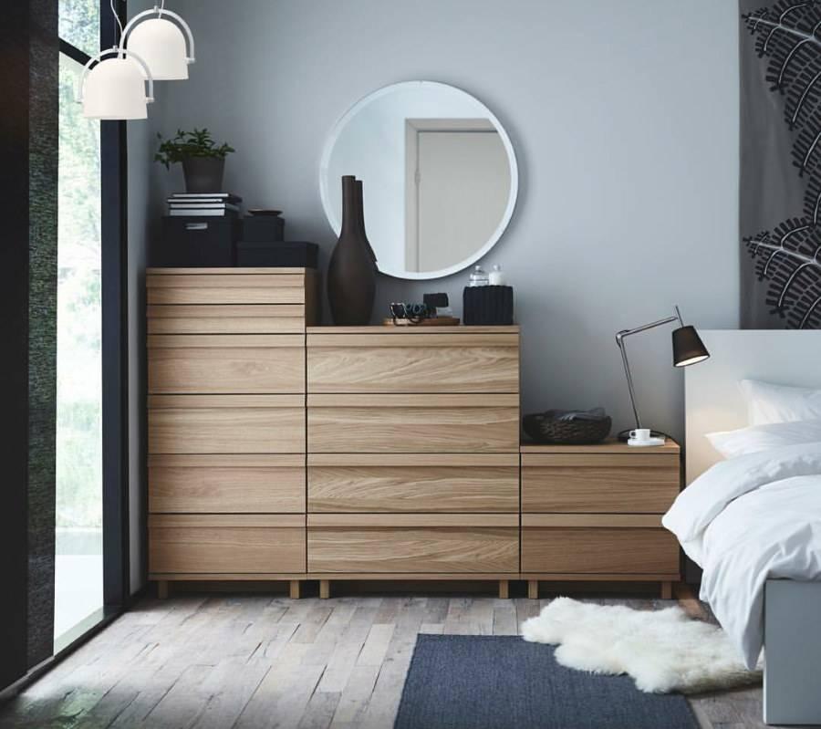 Комоды в спальню (78 фото): узкие белые угловые комоды с зеркалом, длинные современные комоды глубиной 30 см, большие глянцевые модели