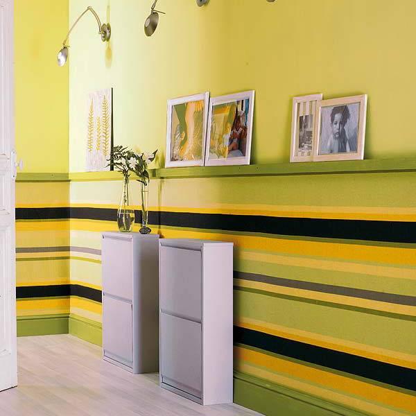 Комбинированные обои в коридоре квартиры (53 фото): как скомбинировать в прихожей оттенки двух видов, идеи в интерьере