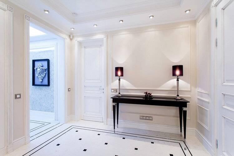 Белые двери в интерьере   домфронт