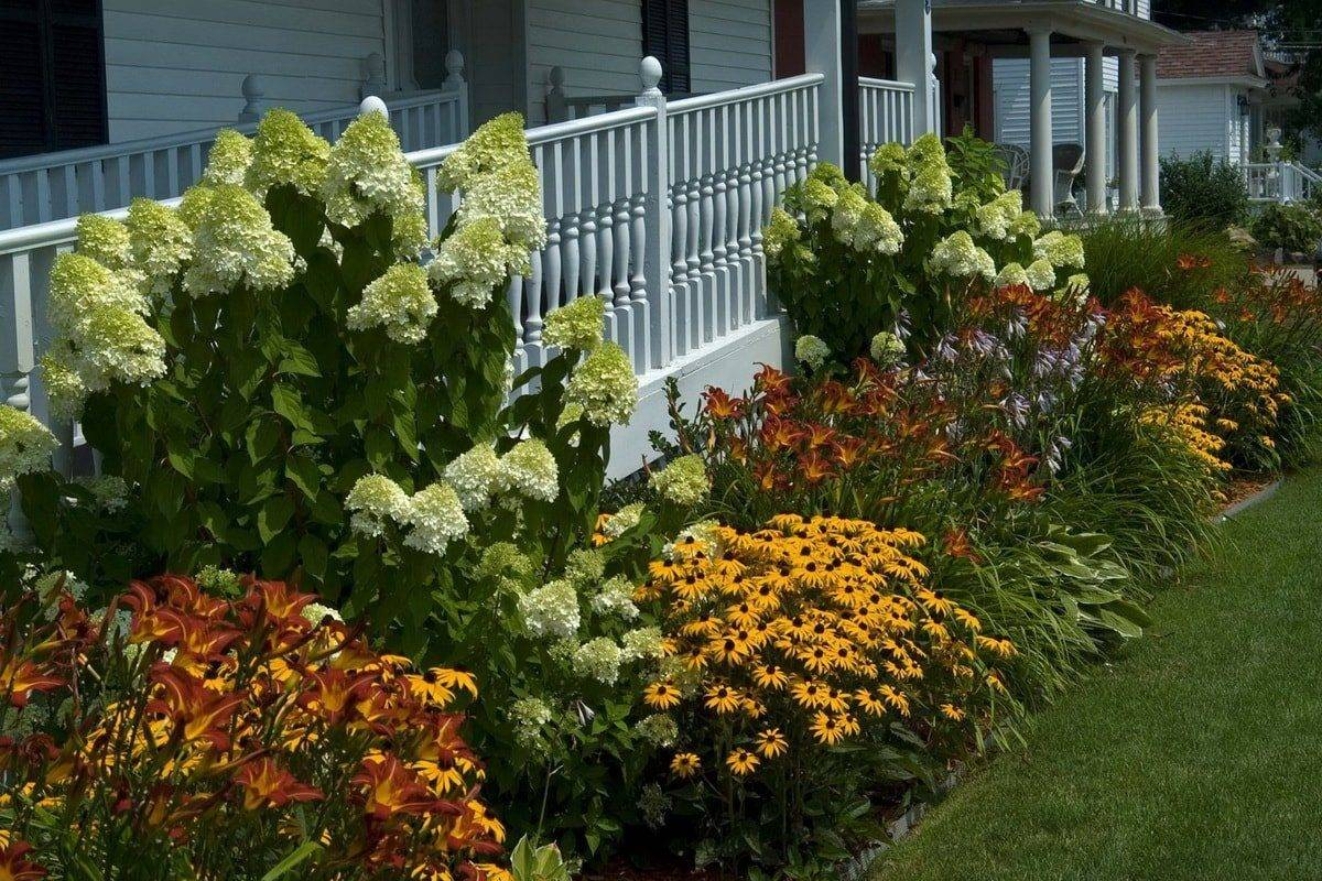 Инструкция, как украсить сад своими руками. подготовка участка, планирование, приемы декорирования, секреты расположения деревьев и кустарников, создания композиций из цветов
