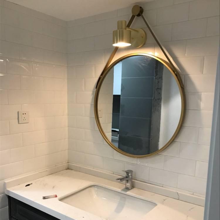 Правила установки зеркала в ванной комнате