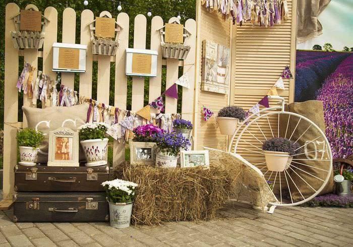 Стиль прованс в интерьере загородного дома, картины и предметы интерьера в стиле прованс