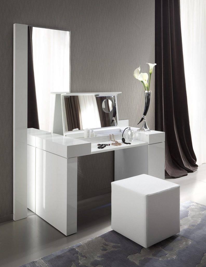 Туалетный столик в спальню: лучшие идеи и фото