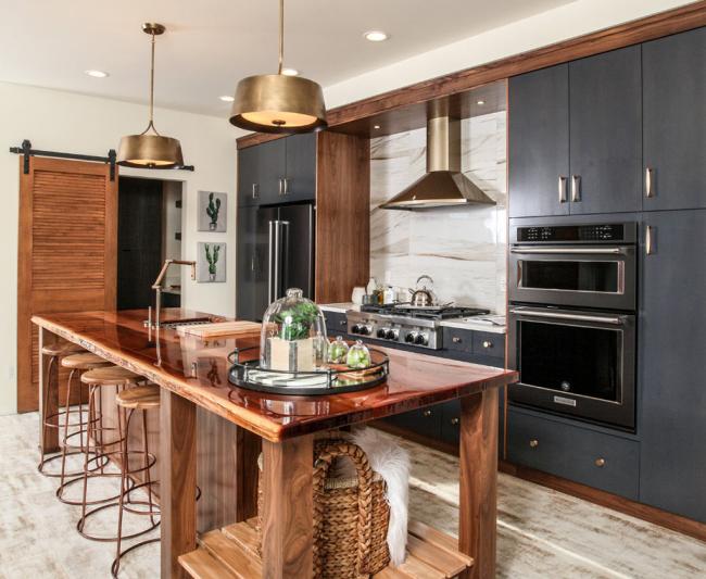 Дизайн и планировка квадратной кухни