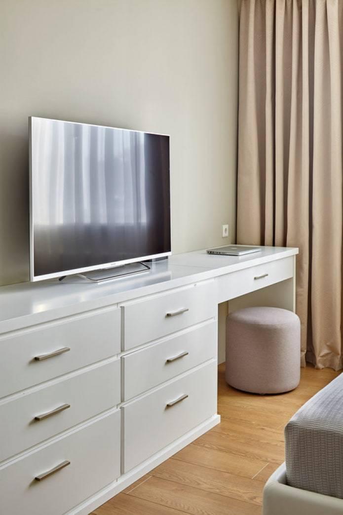 Белые комоды в интерьере: 200+ (фото) в гостиной, спальне,детской