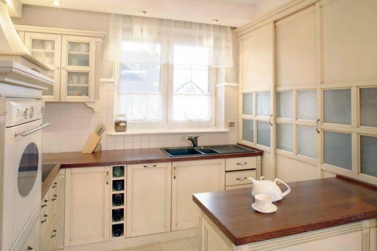 Дизайн кухни с окном в рабочей зоне