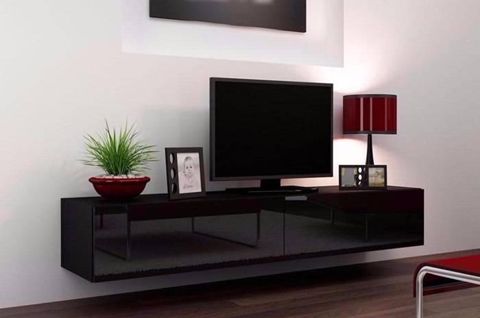 Навесные шкафы для гостиной как практичная система хранения