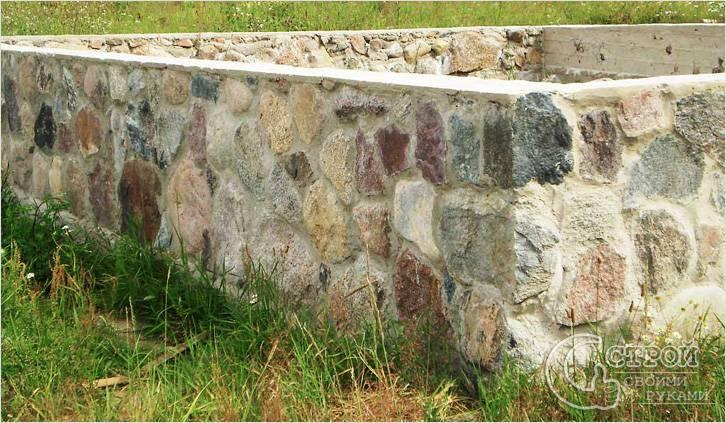 Забор из камня своими руками: пошаговый процесс с пояснениями