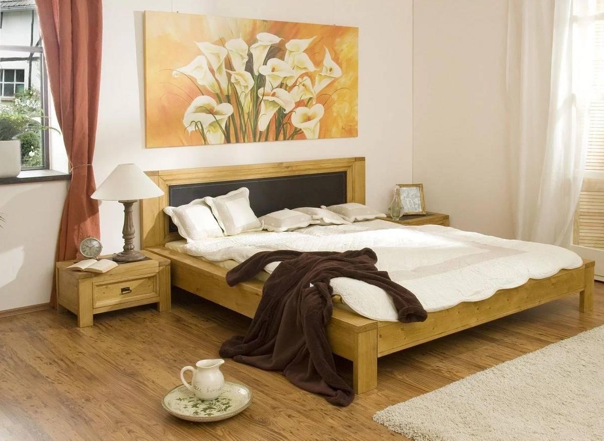 Картины в спальню над кроватью, какие повесить