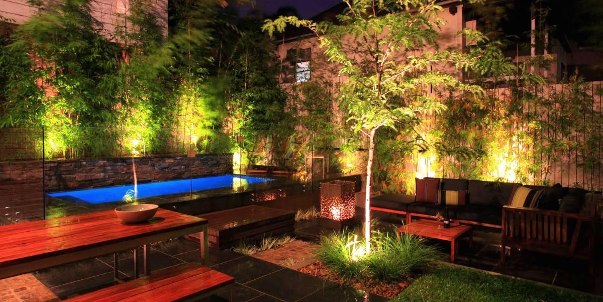 10 лучших садовых светильников на солнечных батареях