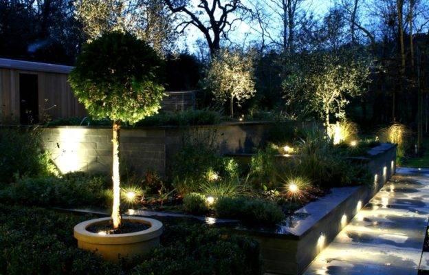 Правильное освещение сада своими руками
