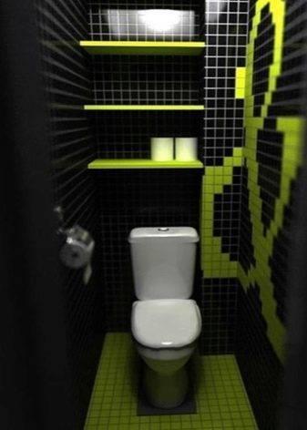 Шкаф в туалете за унитазом