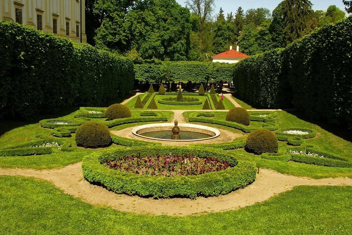 Особенность английского пейзажного стиля в садовой стилистике