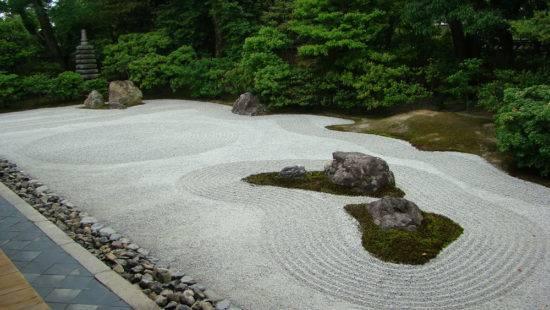 Японский сад камней своими руками: пошаговая инструкция
