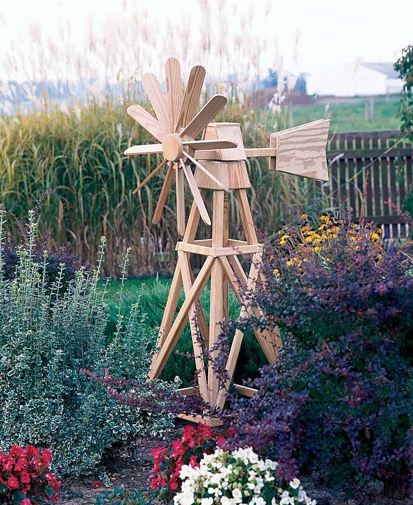 Основные функции декоративной мельницы на даче