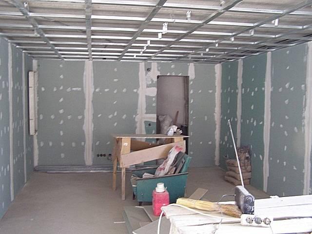 Чем недорого обшить гараж изнутри: полезные рекомендации