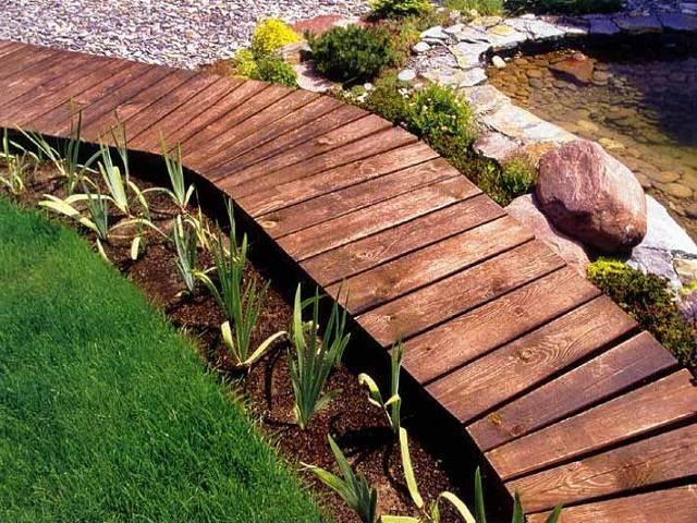 14 вариантов / материалов из чего можно сделать садовую дорожку