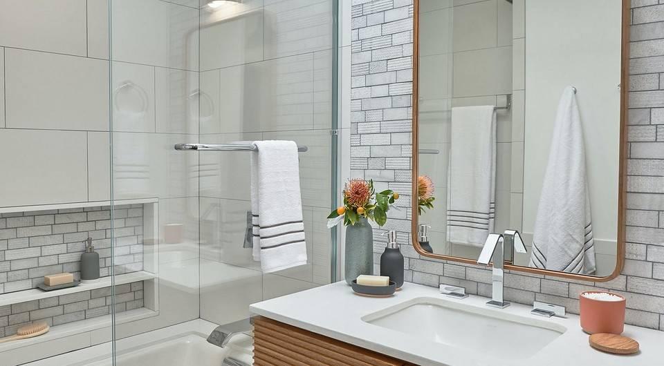 Ванна совмещенная с душевой кабиной: все плюсы и минусы, и стоит ли брать их вместе для санузла