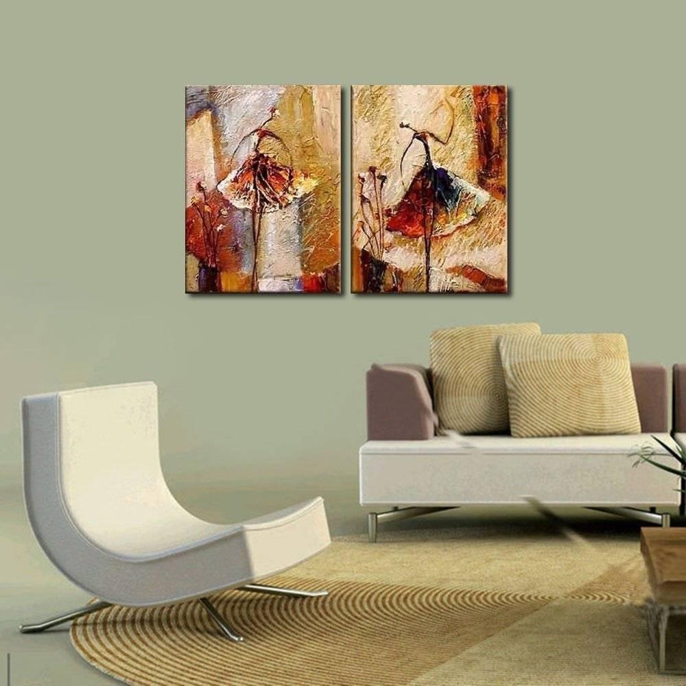 Картины в интерьере гостиной: виды и стилевые решения, правила размещения