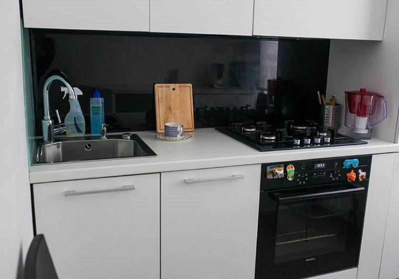 Ремонт кухни 6 квадратных метров (39 фото): варианты дизайна помещения 6 кв. м, интересные идеи ремонта и красивые примеры