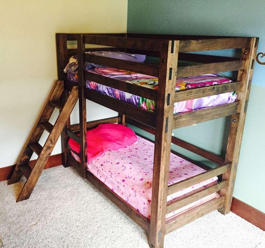 Двухэтажные кровати для детей