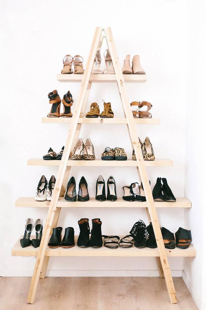 Полка для обуви в прихожую своими руками: 140 фото