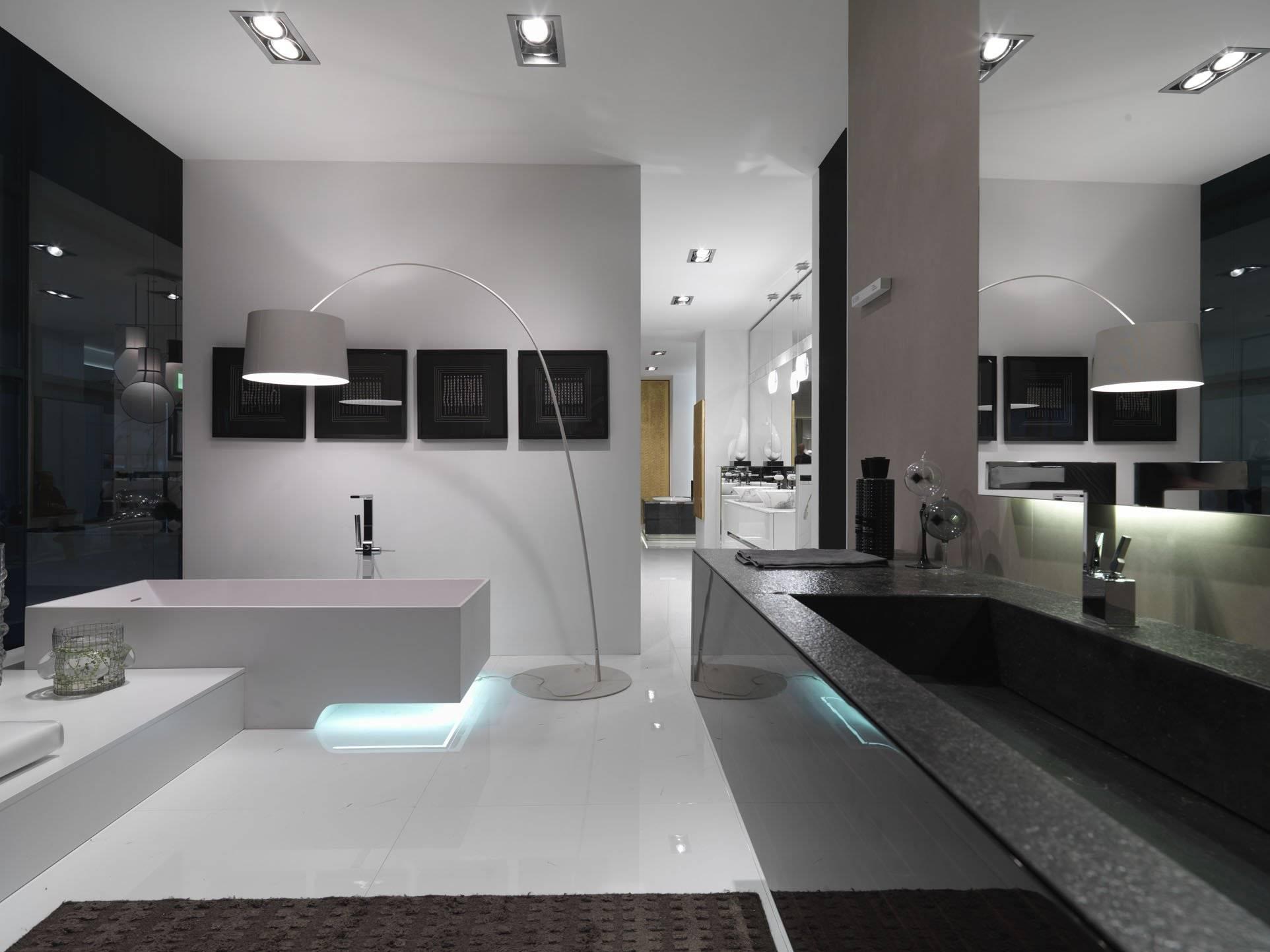 Ванная в стиле минимализм: особенности планировки и выбор деталей - 29 фото