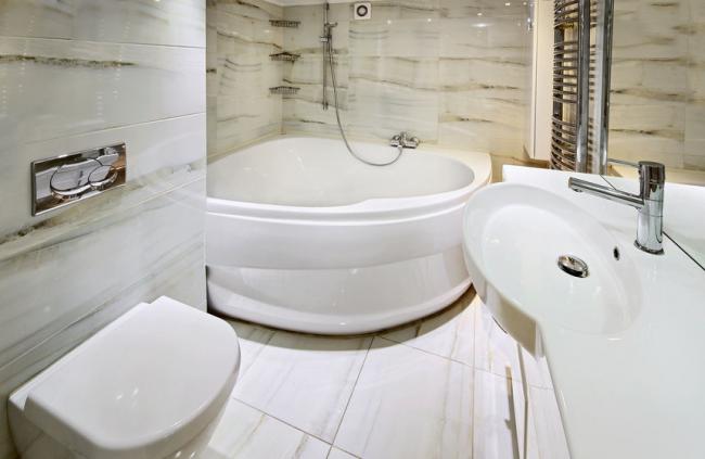 Маленькая ванная комната в хрущевке: ремонт с фото