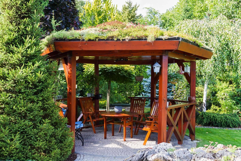 Беседки для дачи - 105 фото красивого дизайна современной беседки для загородного дома