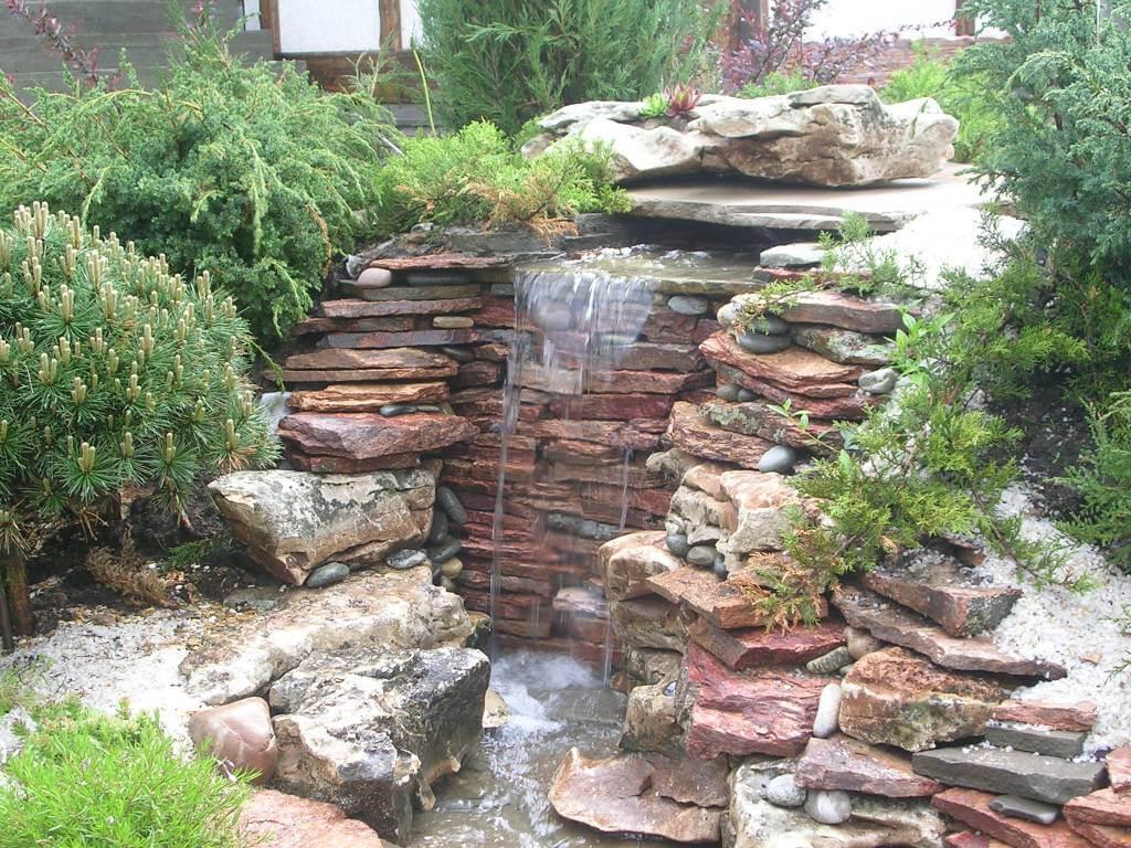 Садовые фонтаны для дачи: советы по выбору, монтажу и подключению фонтана