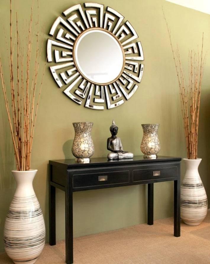 Вазы в гостиной: основные принципы декорирования