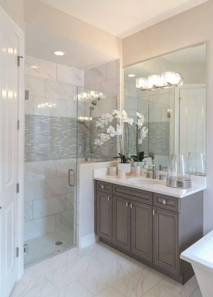 Как сделать уютной маленькую ванную комнату с душевой кабиной и стиральной машиной?